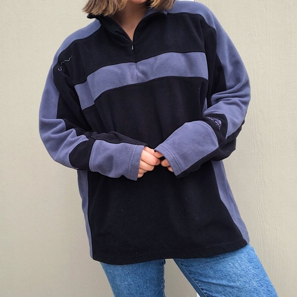 SOLD Columbia quarter zip sweater